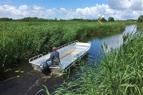 Boot Platbodem by Aluminium Platbodems De Wetering Botenbouw