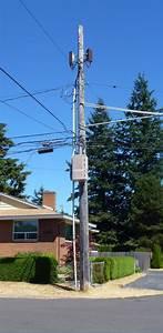 How Seattle City Light Places Small Cells On Wooden