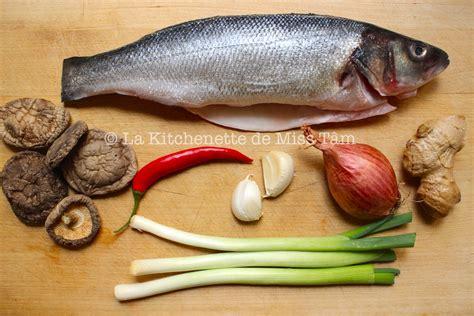 cuisiner le bar entier poisson archives la kitchenette de miss tâmla