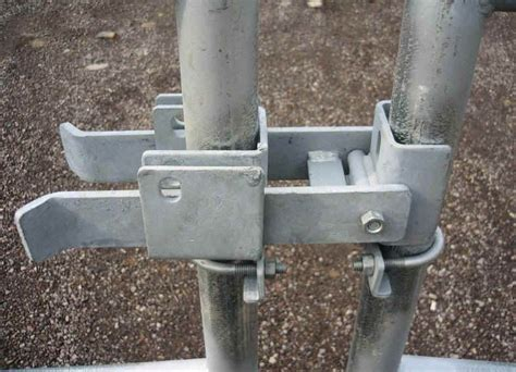 Building Chain Link Fence Gate Latch