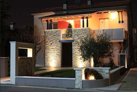 Illuminazione Ingresso Casa by Ingresso Esterno Casa Moderna Facciata Casa Moderna L