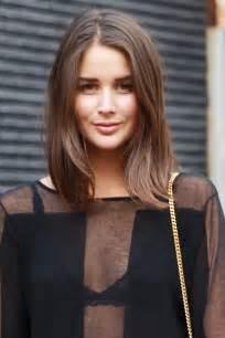 Frisuren Schulterlanges Haar Gestuft Braun by über 1 000 Ideen Zu Braunes Haar Auf Braune Haarfarben Schokolade Haar Und