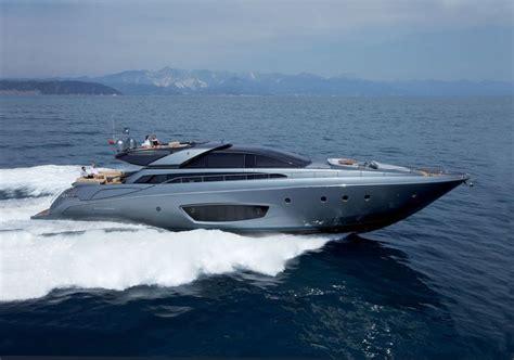 Riva Yacht In Kenny Chesney Video riva 86 domino the yacht in kenny chesney s new video