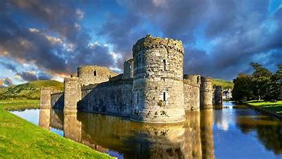 Castle Beaumaris Anglesey Wales Bing Places Galles