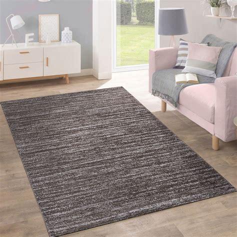 teppich modern design teppich modern pastellfarben inspiration taupe design teppiche