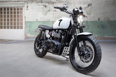 Upgrading The Triumph Scrambler, Swedish Style