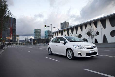 toyota auris preis adac autopreis auto der zukunft sieger ist ein hybridfahrzeug gr 252 ne autos