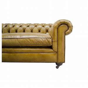 Canape chesterfield en cuir vintage capitonne couleur for Canape 240 cm
