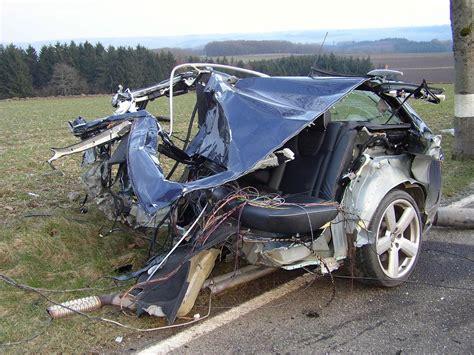 Crazy Car Crash Photos