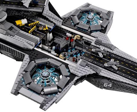 lego helicarrier revealed  images  avengers shi