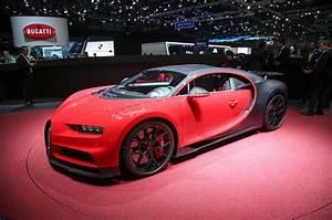 Bugatti Chiron Sport : hardcore bugatti chiron sport launched autocar ~ Medecine-chirurgie-esthetiques.com Avis de Voitures