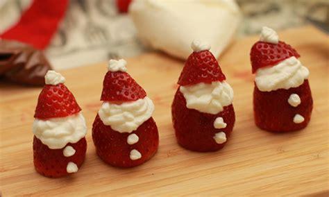 idee de dessert pour noel comment faire un p 232 re noel avec des fraises