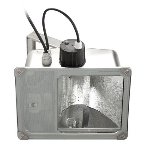 Sbp Illuminazione by Illuminotecnica Performance In Lighting Spa