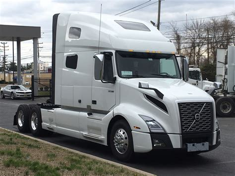 Volvo Trucks 2020 by New 2020 Volvo Vnl64t760 Tandem Axle Sleeper For Sale 7643