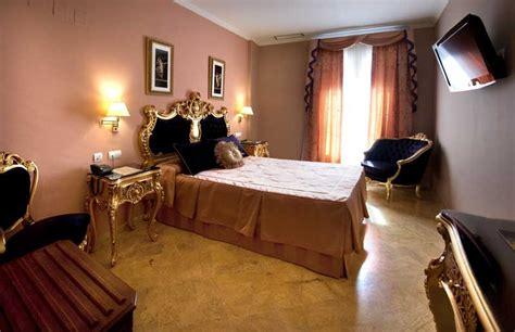 chambre d hotel luxe chambres de luxe supérieures de notre hôtel à séville