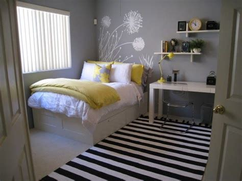 Great Bedroom Ideas For Adults by Best 25 Bedroom Ideas On Living