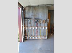 Build a yard tool organizer from PVC! DIY projects for