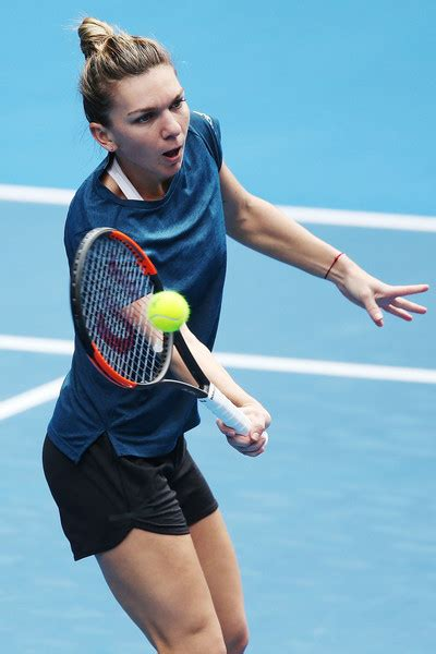 Australian Open 2018 results and bracket: Simona Halep, Roger Federer into semifinals - SBNation.com