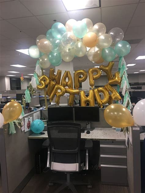 Work Cubicle Birthday Decorations by 25 Unique Office Birthday Ideas On Office