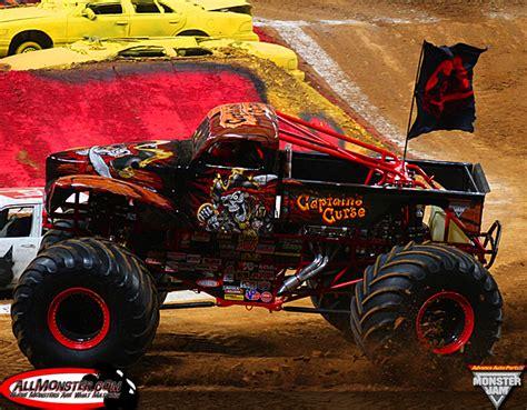 monster trucks videos 2013 monster jam photos st louis missouri monster jam 2013
