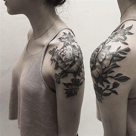 25+ Best Ideas About Flower Shoulder Tattoos On Pinterest