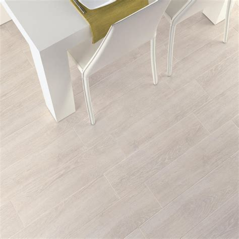 aspen white wood effect glazed porcelain floor tile
