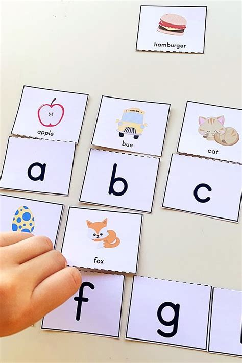 printable alphabet matching puzzle great  pre