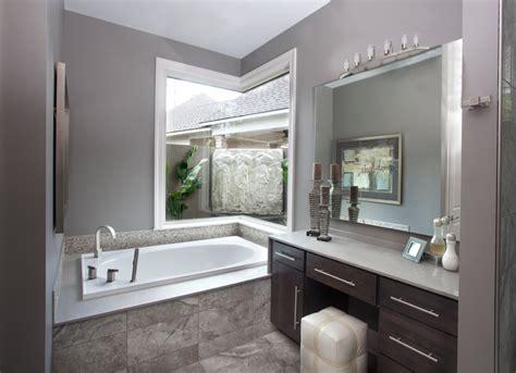 25 Original Light Grey Tiles Bathroom Colour Scheme