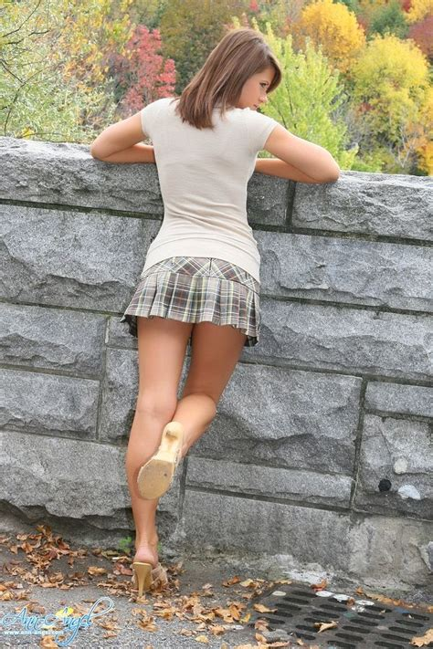 Sexy Teen Wearing Mules In The Park Div Pinterest