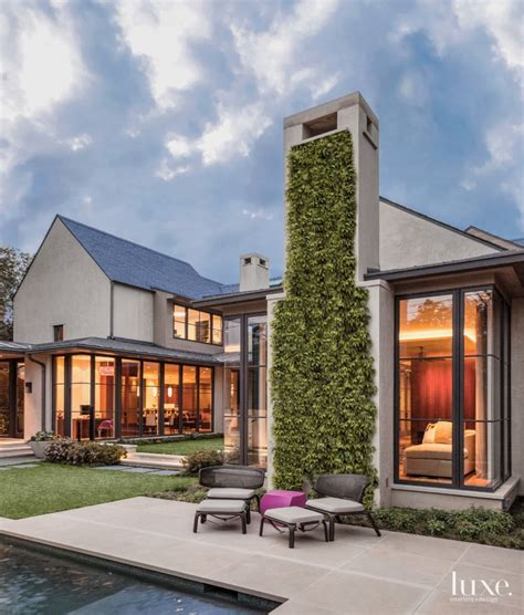 home design dallas a modern dallas home with a courtyard style design emile