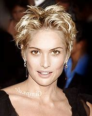 Short Hairstyles for Women After Chemo