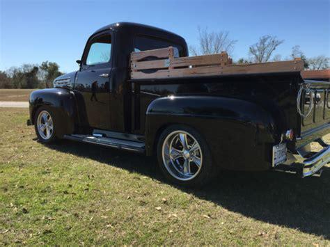 ford  pickup black   show quality ac