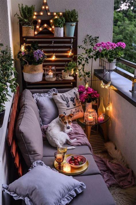 40 Cozy Balcony Ideas and Decor Inspiration 2019 Page 5