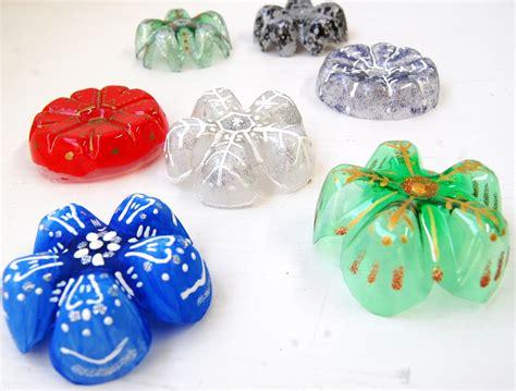 plastic bottle snowflakes diy handmade christmas