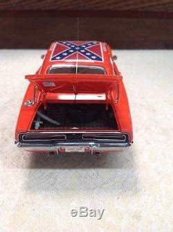 danbury mint general lee  dukes  hazzard  dodge