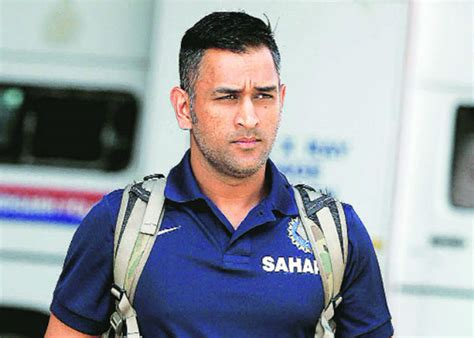 ms dhoni hairstyles  flaunt  summer