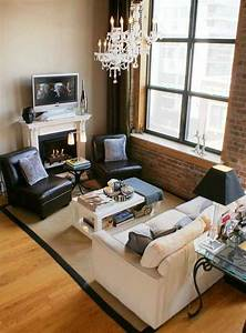10 tips for a small living room decoholic for Furniture small living room