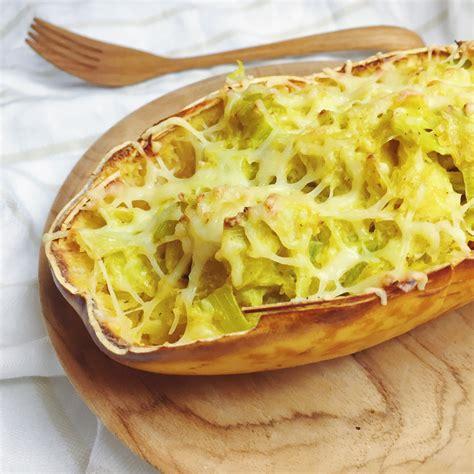 cuisiner une courge spaghetti courge spaghetti farcie recette végétarienne et sans