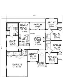 5 bedroom floor plans best 25 5 bedroom house plans ideas on