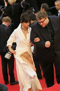 Celebrity Oops Moments Upskirts Wardrobe Malfunctions