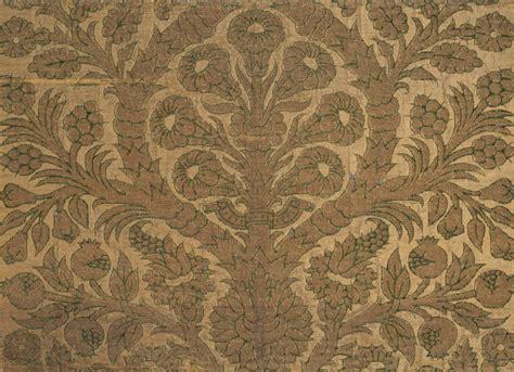 renaissance velvet textiles essay heilbrunn timeline