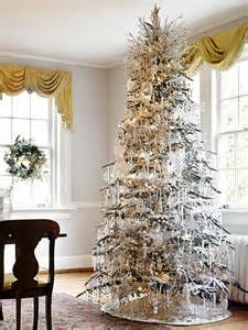 how to decorate a tree traditionally in easy steps family net guide to