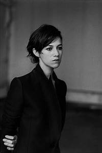 Charlotte Gainsbourg Cheveux Courts : 1000 images about simply beautiful charlotte gainsbourg on pinterest charlotte gainsbourg ~ Dode.kayakingforconservation.com Idées de Décoration