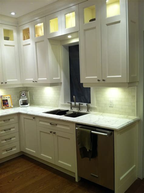 42 inch tall kitchen cabinets 42 inch cabinets 9 foot ceiling home fatare
