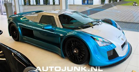 Gumpert Apollo Vs Gumpert Apollo Speed Foto's » Autojunk