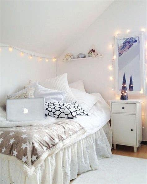 guirlande lumineuse d馗o chambre 60 idées en photos avec éclairage romantique