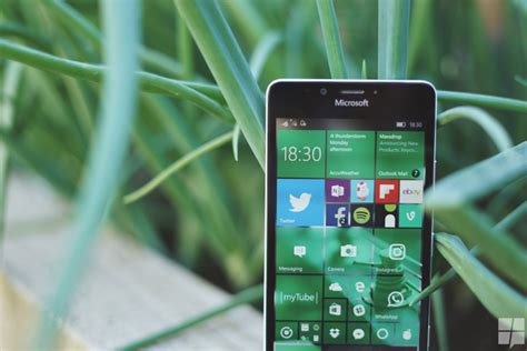 In Mobile by Review Windows 10 Mobile Anniversary Update Needed