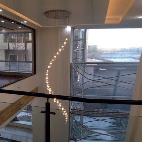 luminaire pour plafond haut 28 images luminaire salon plafond haut les 25 meilleures id 233