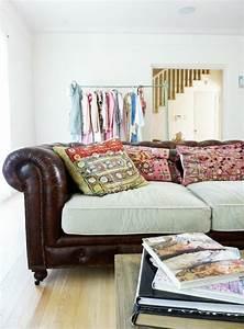 le gros coussin pour canape en 40 photos With tapis de sol avec canapé cuir luxe
