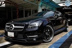 Mercedes-Benz CLS Black
